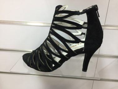 Strut dance shoes black